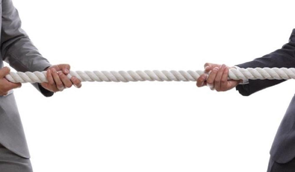Под конфликтом понимается наиболее острый способ разрешения значительных противоречий, возникающих в процессе социального взаимодействия.