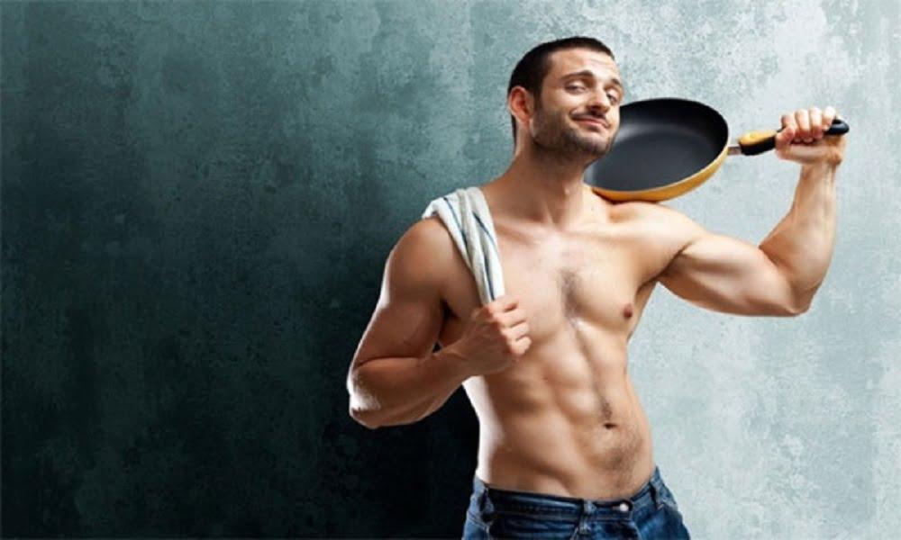 Основным отличием настоящего мужчины есть гормон тестостерона. Проще говоря, мужская сексуальная привлекательность зависит от количества этого гормона в крови.