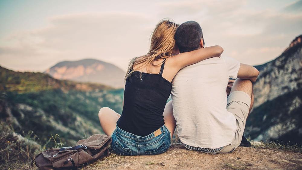 Мужчины, так же как и женщины влюбляются, ошибаются, строят и ломают отношения. Они находятся в постоянном поиске той единственной, но встретив свой идеал, понимают, что это опять не то и поиск продолжается вновь.