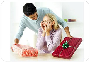 Женщины любят подарки