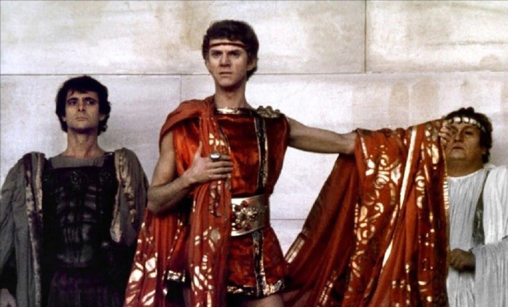За двадцать три года своего правления Тиберий не только утратил всю свою популярность, если только он вообще когда-либо ею пользовался, но, наконец, навлек на себя всеобщую ненависть и стал жертвой заговора. Только начав поправляться после тяжелой болезни, он был задушен. Это и вызвало в Риме ту огромную радость и облегчение, о которой мы уже сказали. Толпы, ворвавшиеся в сенат, даже требовали, чтобы Тиберию было отказано в погребении, а его тело было бы брошено в Тибр.