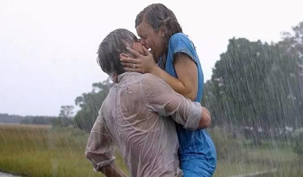 Одни поцелуи имеют более возбуждающее действие по сравнению с другими. Романтические поцелуи всегда заставляют сердце биться быстрее. Это происходит потому, что на самом деле такой поцелуй - больше чем простое соединение губ и языков партнеров.