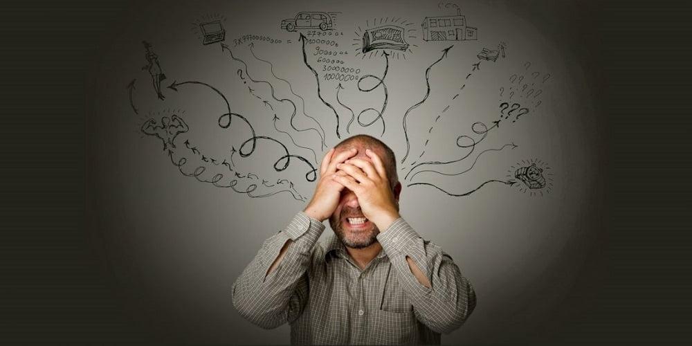 Мысли материальны, поэтому в результате то о чём мы думаем, то с нами и случается. Возможно, так оно и есть ведь если искренне верить в безысходность, то она и приходит. Заниженная самооценка подталкивает к возникновению пессимистических настроений и негативных мыслей, которые провоцируют настоящую внутреннюю войну между «хочу», «могу» и «буду».