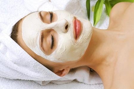 Маски играют основную роль в уходе за кожей лица