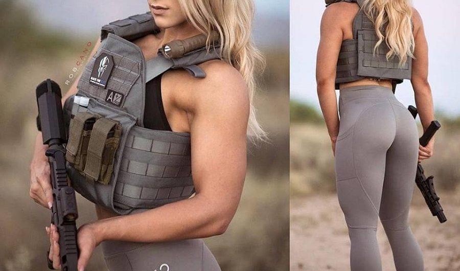 Одним из элементов индивидуальной защиты верхней части туловища человека от воздействия холодного, огнестрельного оружия и осколков - является БЖ или бронежилет.